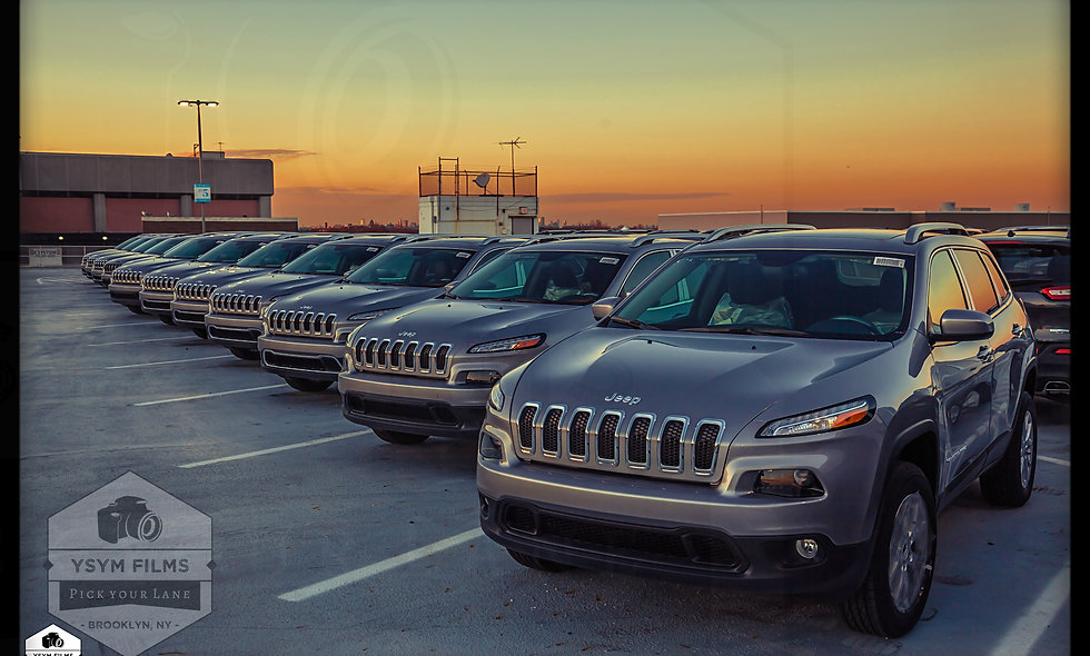 Jeep Cherokee Front Line. 20x 30 Portrait