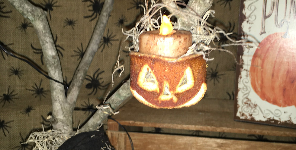Dried orange Jack o lantern tea light