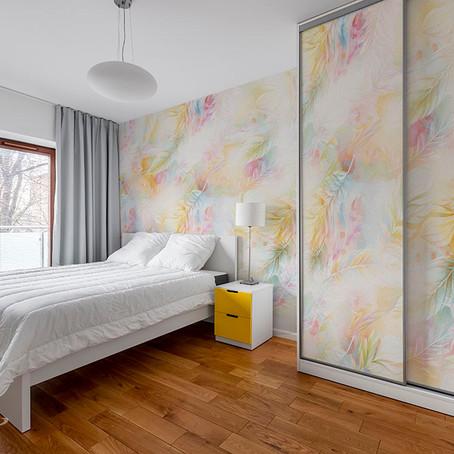 Стильные шкафы-купе оформленные фресками