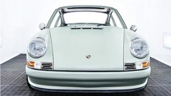 Des Néerlandais convertissent la Porsche 911 à l'électrique