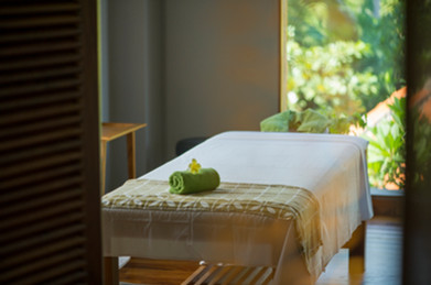 Treatment Room 01.jpg