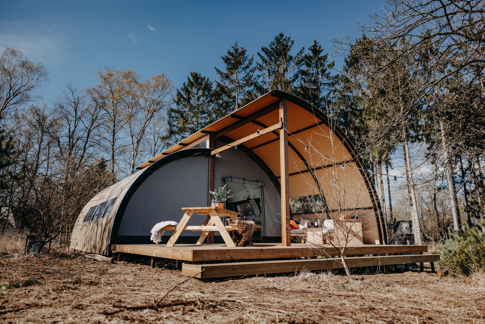 panorama-glamp-outdoor-camp-aanzichtjpg