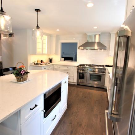 Glen Ellyn Kitchen Remodel After - Image 3