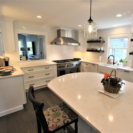 Glen Ellyn Kitchen Remodel After - Image 1