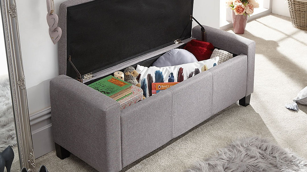 Light Grey Fabric Buttoned Ottoman Bench Blanket Storage Box With Wooden Feet