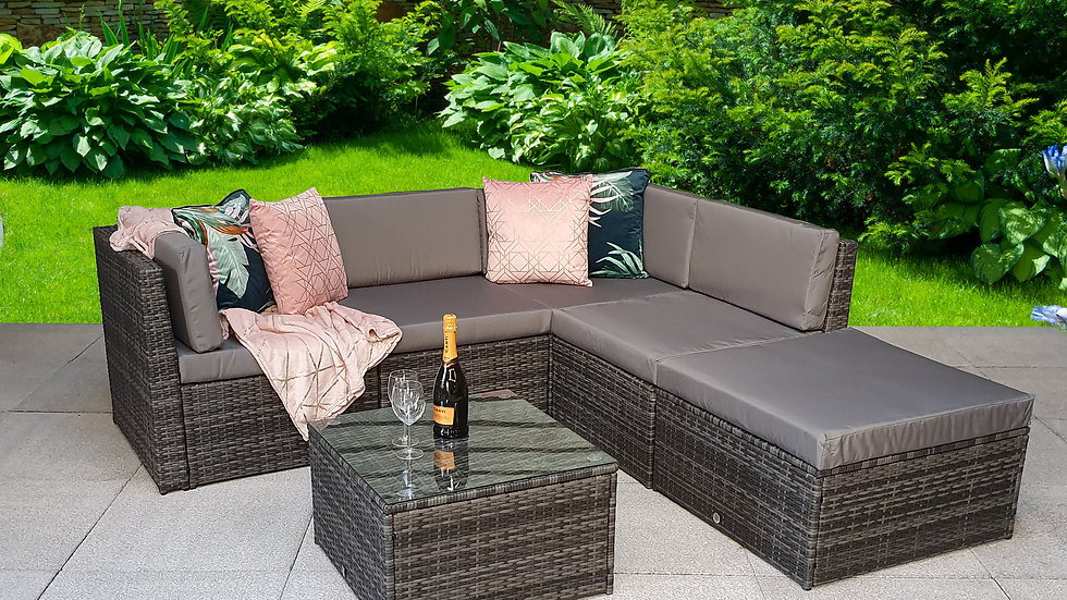 NEW Stunning Luxury Corner Sofa Set available in Nature or Grey