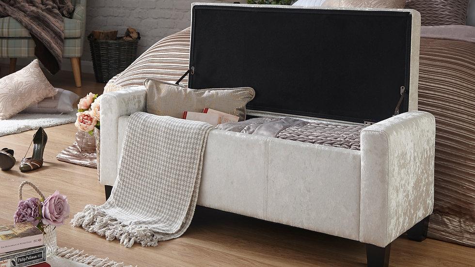 NEW Sleek And Stylish Ottoman Storage Bench