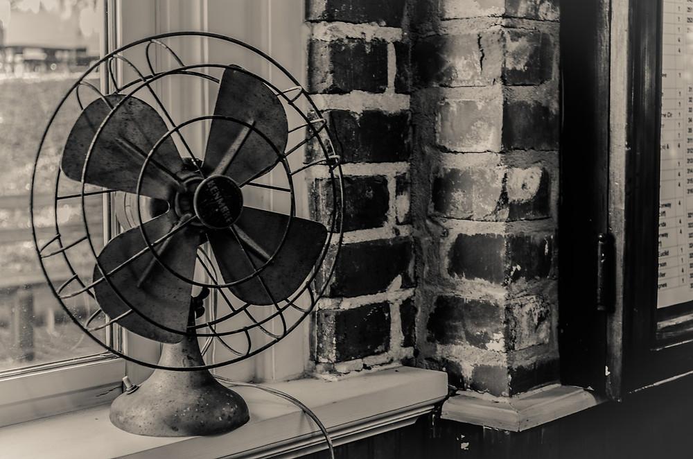 Fan on the windowsill