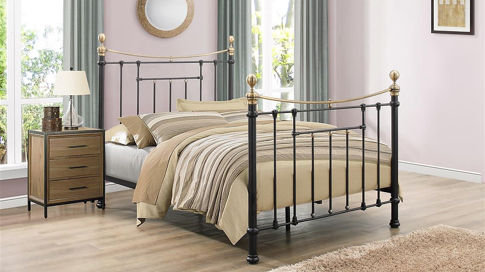Refined Victorian Style Bronte Double Bed