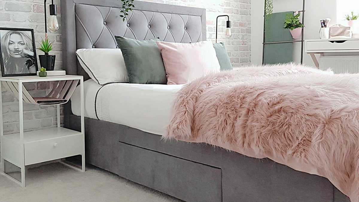 timeless design a63a3 58ca8 Elegant Diamond Tufted Headboard Bed With Storage Drawers in Grey 4FT6 5FT  6FT