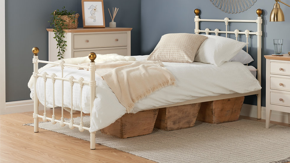 Traditional Style Antique Atlas Metal Bed Frame