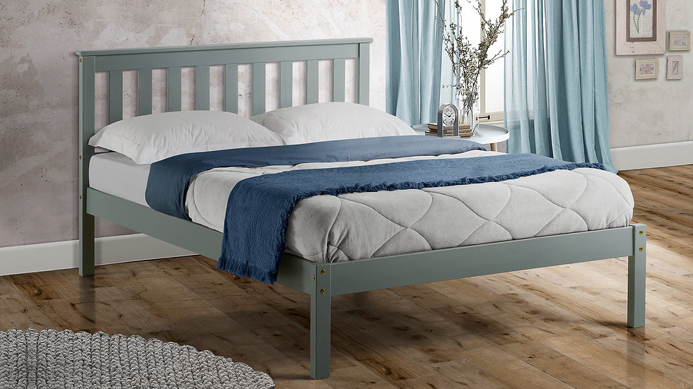 Traditional Shaker Style bedframe in 3FT 4FT 4FT6 or 5FT, Grey White or Pine