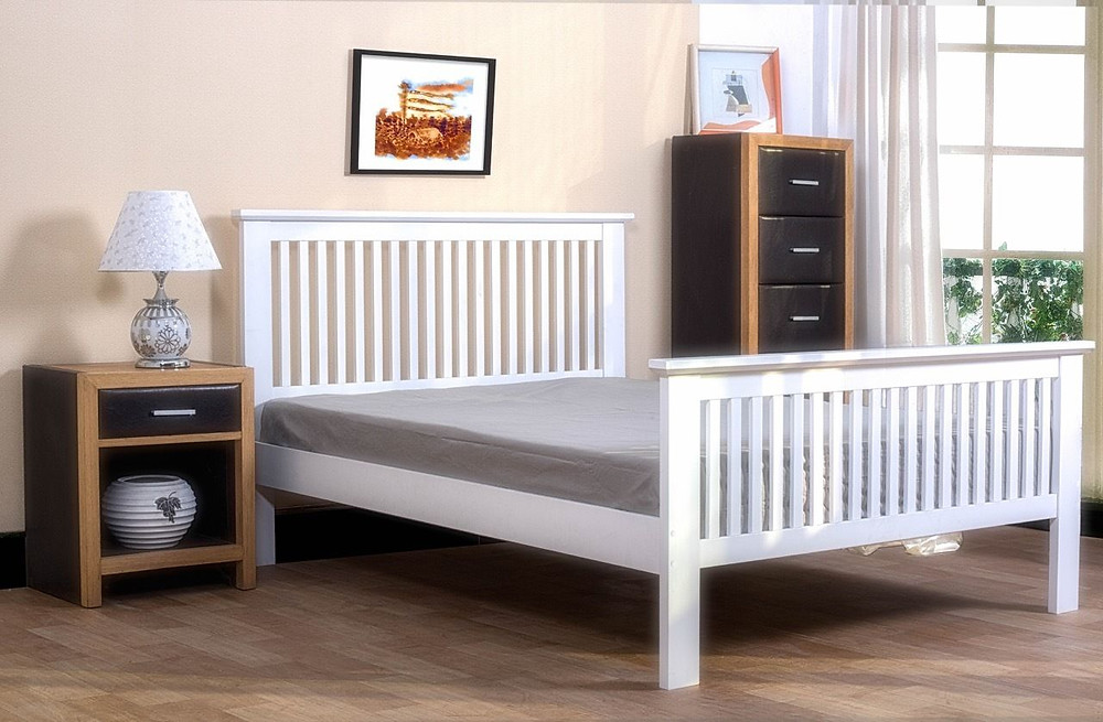 Simple White Shaker Style Bed