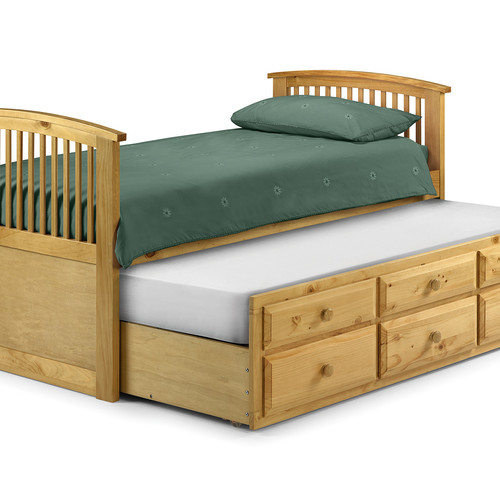 nautical style cabin bed with pull out trundle bed