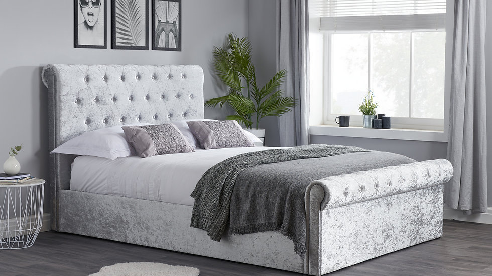 Luxurious Sienna Ottoman Sleigh Bed In Crushed Velvet 4FT6