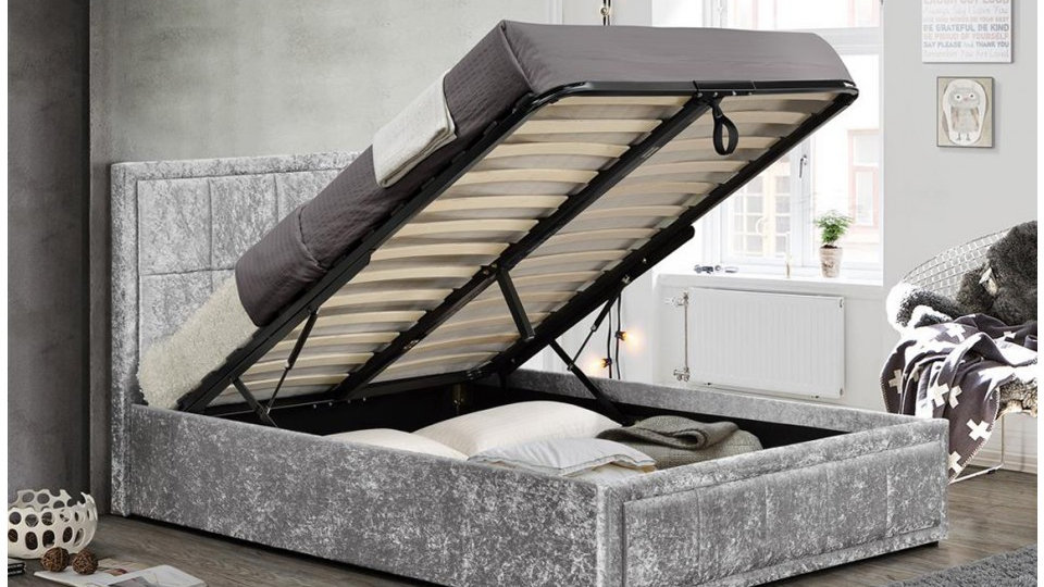 Hannover 5FT Versatile Gas-Lift Ottoman Bed Frame Beautiful Steel Crushed Velvet