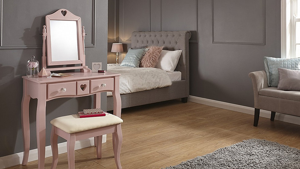 Chic Heart Shaped Wooden Dressing Table & Stool Set In White or Dusty Pink