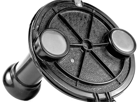 Portland Piano Tuner Invents View-Master Picture System