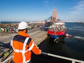 Digitalizing Europe's largest seaport