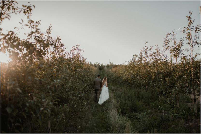 Ashley & Kyle | Elgin Valley Wedding