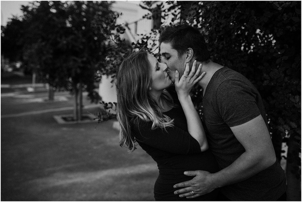 maternity photo shoot by photographer lauren pretorius