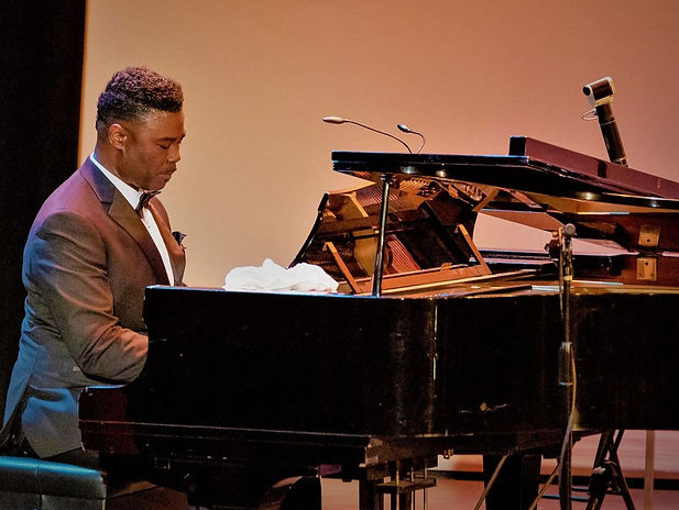 Mario Bryant at Piano.jpg