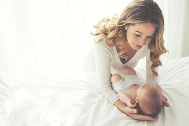 彼女の子供を持つ母親