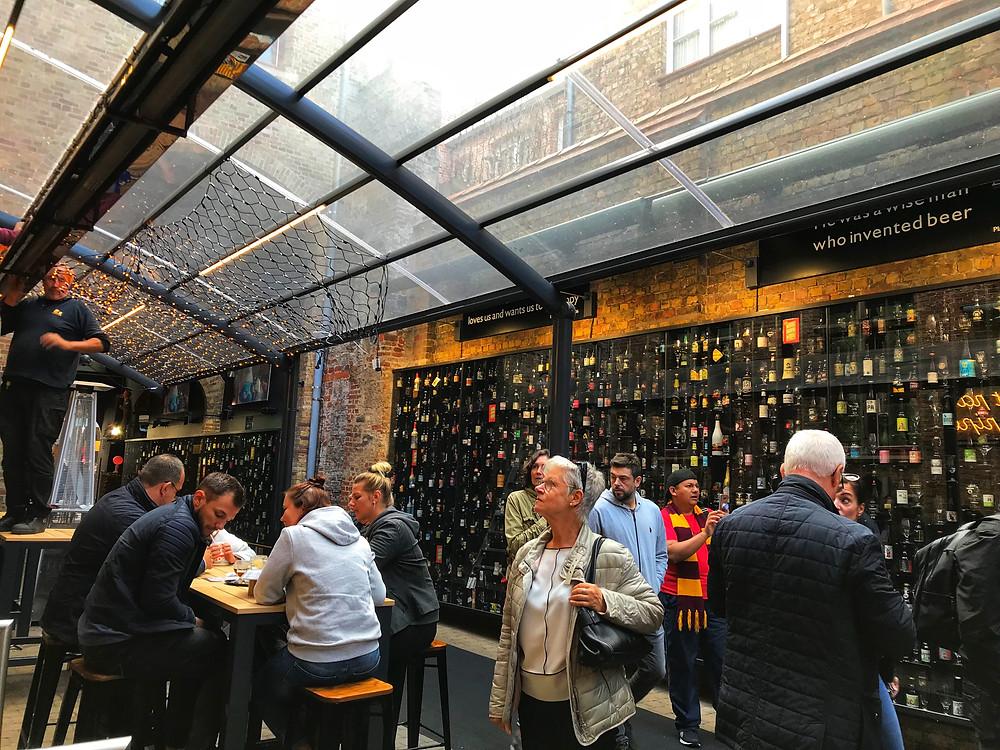 Стена пива Брюгге