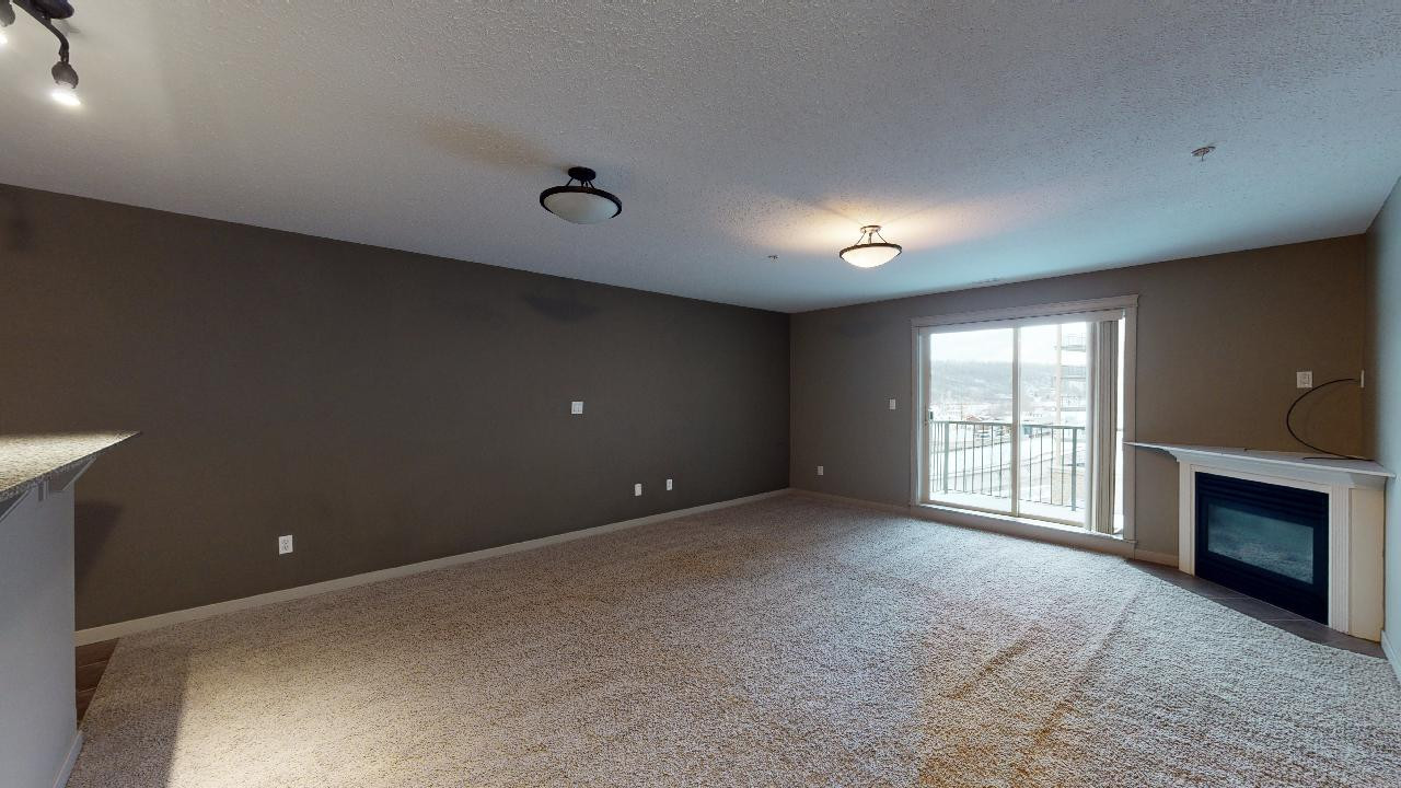 8535-Clearwater-Drive-Fort-McMurray-AB-0
