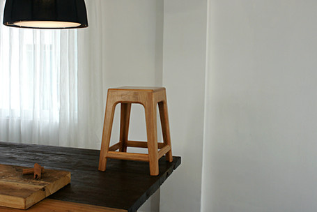 Mediocre High Stool