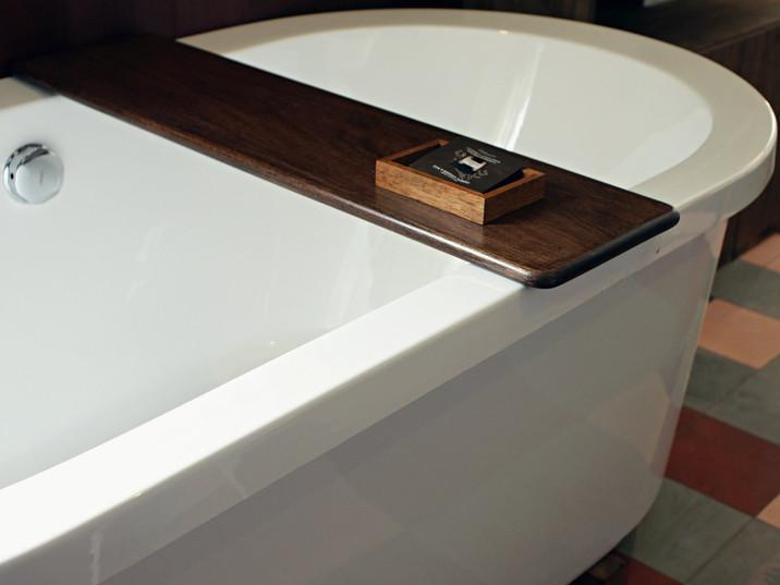 bathtray.jpg