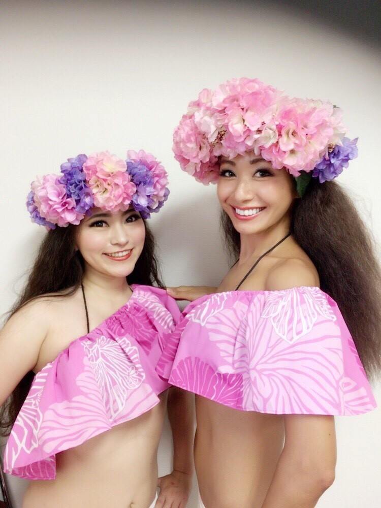 TAPAIRU Tahitian Dance School dancers