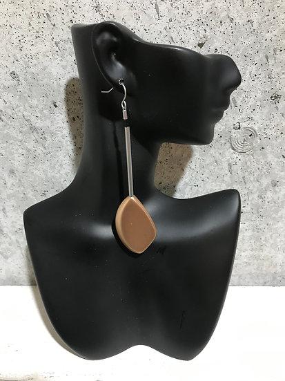 Nugget Earring