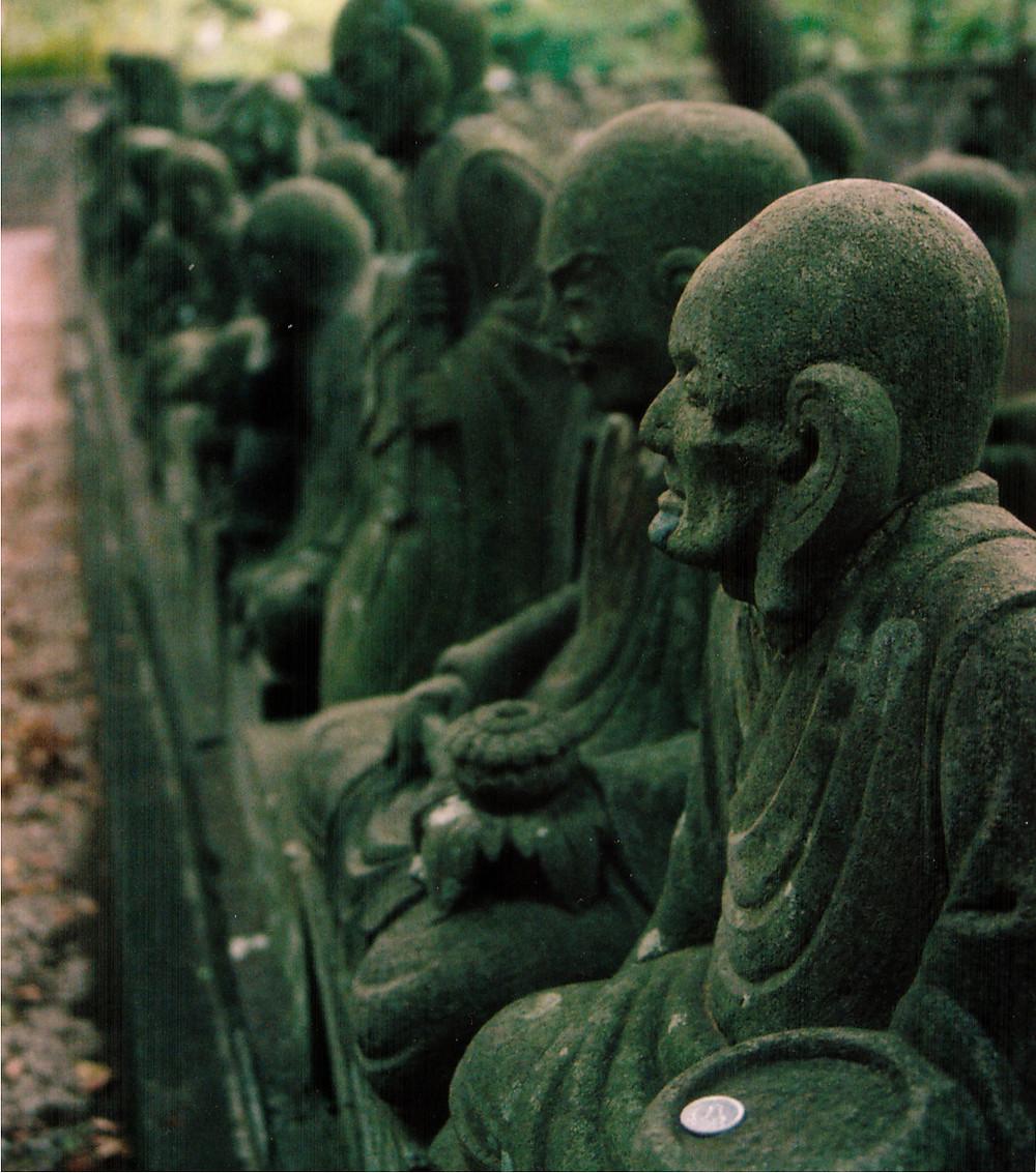 Arahants Statues