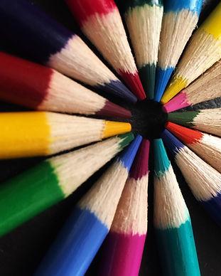 art-art-materials-bright-627901.jpg