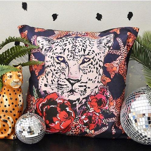 "Leo 18"" Lux Cushion"