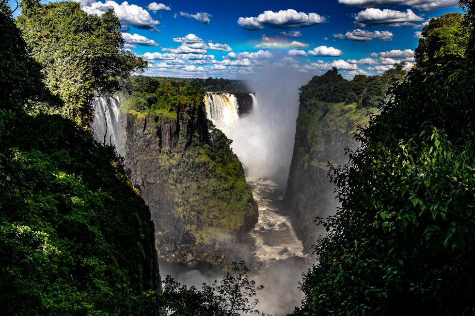 Victoria Falls, Zembaway