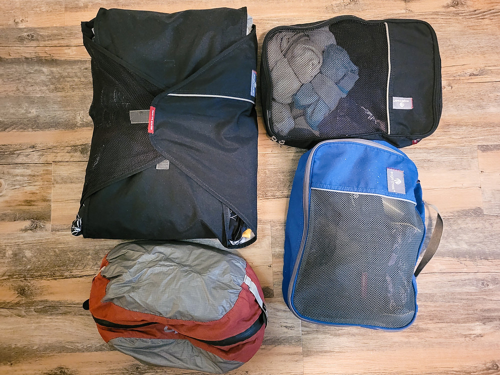 Backpacking, travel, travel gear, travel tips, travel organizers