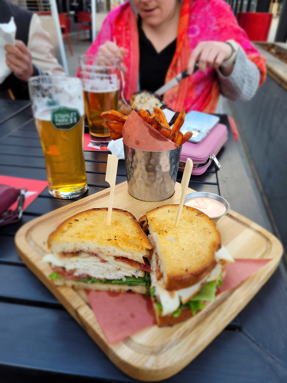 beer, brewery, Vernon, food, drinks, chill, friends, craft beers, pint, sandwich