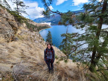 Top 10 Tips for Hiking in Cooler Weather