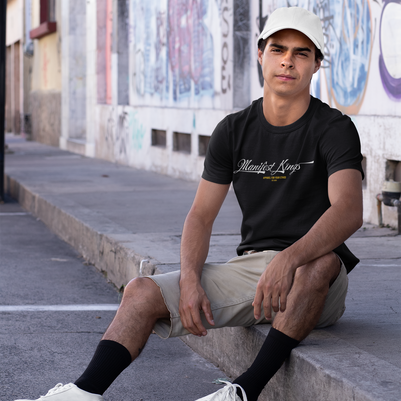 mockup-of-a-man-wearing-a-t-shirt-and-a-dad-hat-at-an-urban-scenario-31165.png