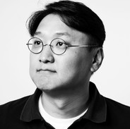 Dr Daniel Shin