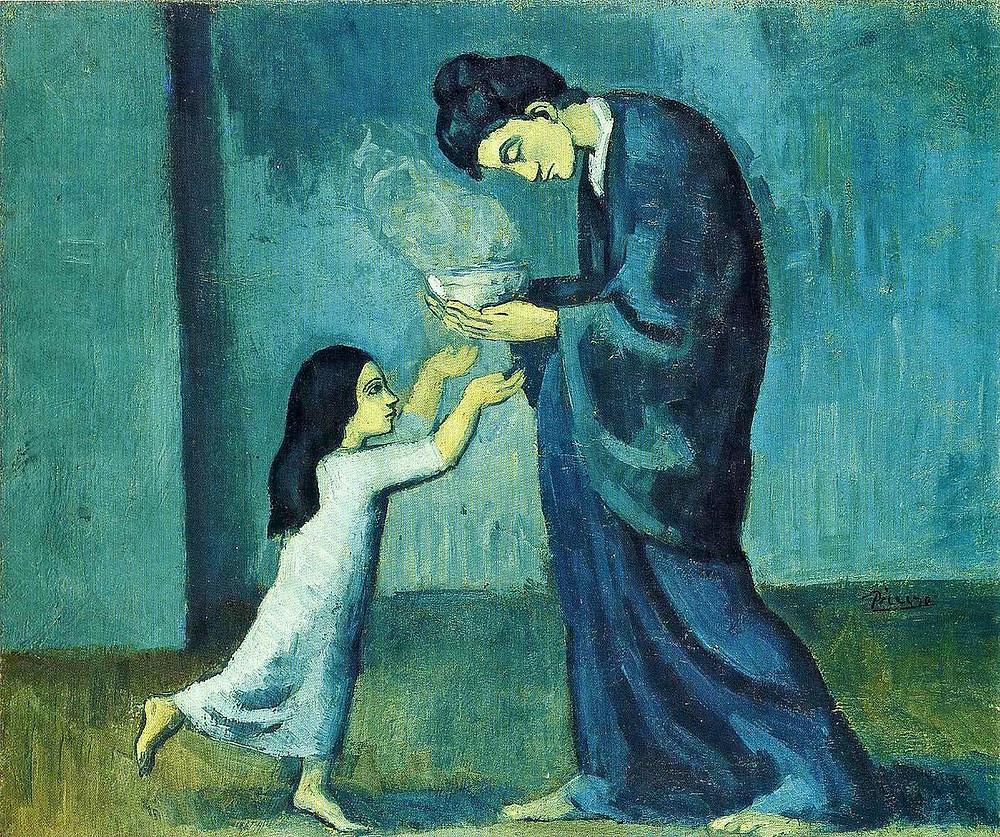 Mémère apporte une soupette chaude à son enfant.