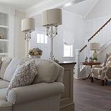 Примеры управления освещением в гостиной