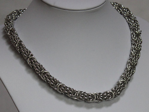 Bright Aluminium necklace in Tryzantine style