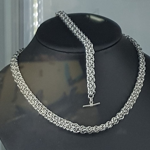 Chainmaille Necklace and bracelet