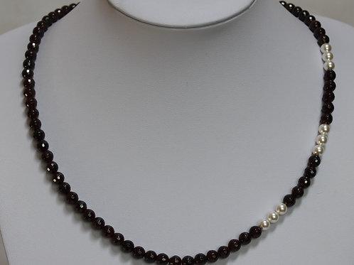 Garnet and Swarovski Pearl necklace