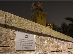 Targa 9, Anno 2154 - Padova  IN MEMORIA DELL'EROICO GRUPPO DI RICERCATORI CHE IMMOLARONO LE LORO VITE NEL PRIMO TENTATIVO DI TELETRASPORTO LUNARE 12 APRILE 2154