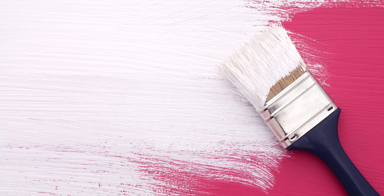 brush and pink color