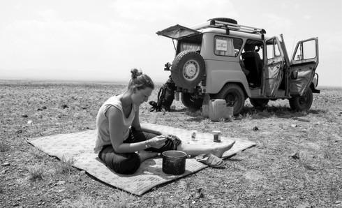 Lunchtime in Gobi Desert, Mongolia